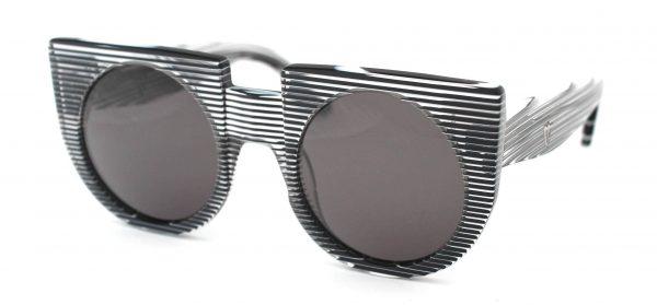 Valley - XVI Black Clear Stripes